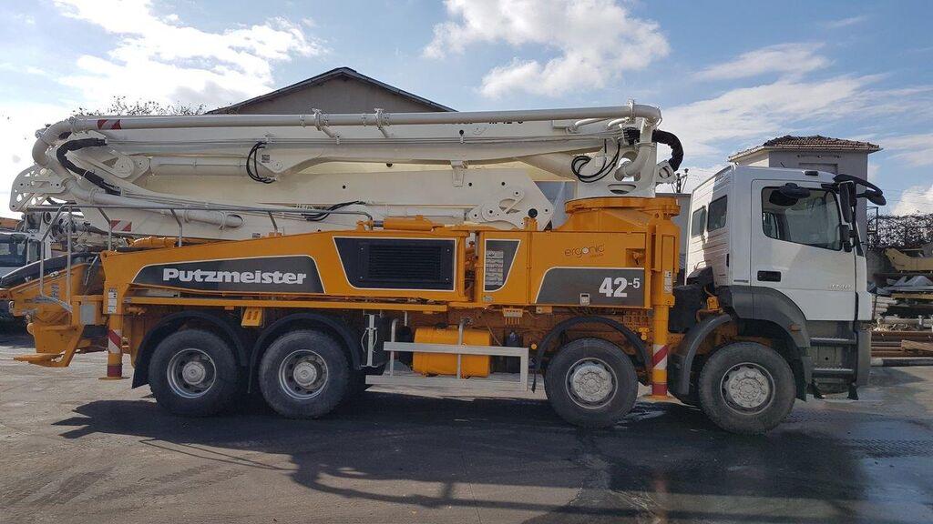 مضخة الخرسانة MERCEDES-BENZ  Axor 4140 8x4 - Putzmeister 42 Meter Ergonic