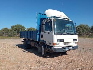 شاحنة مسطحة DAF AE 45 CE2 CAMIÓN VOLQUETE  180 CV