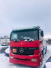 شاحنة نقل الوقود MERCEDES-BENZ Actros 2550