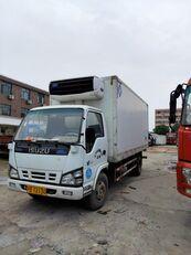 شاحنة التبريد ISUZU
