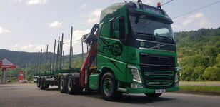 شاحنة نقل الأخشاب VOLVO FH13 540 6x4 + UMIKOV