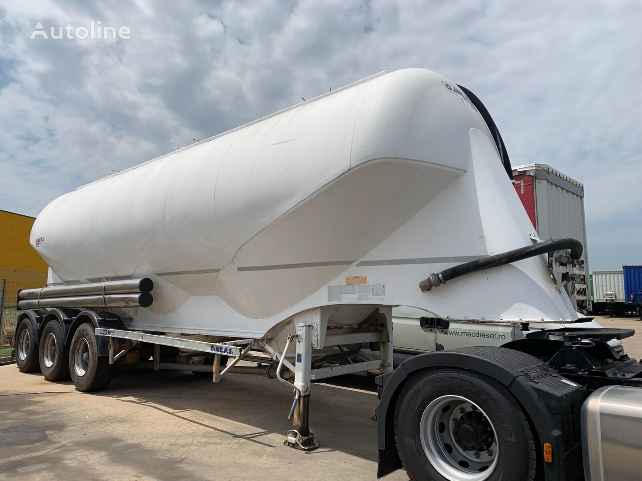 عربة الصهريج لنقل المواد العلفية OMEPS CM45 3 COMPARTMENTS