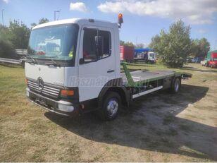 شاحنة نقل السيارات MERCEDES-BENZ Atego 818 Járműszállító csörlővel és rámpával