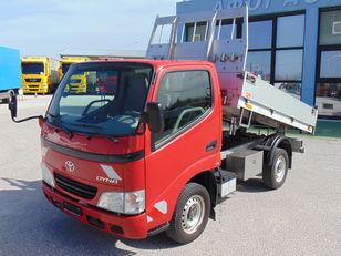 شاحنة قلابة TOYOTA DYNA 100 3.0