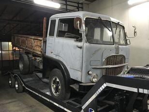 شاحنة مسطحة FIAT 642 N
