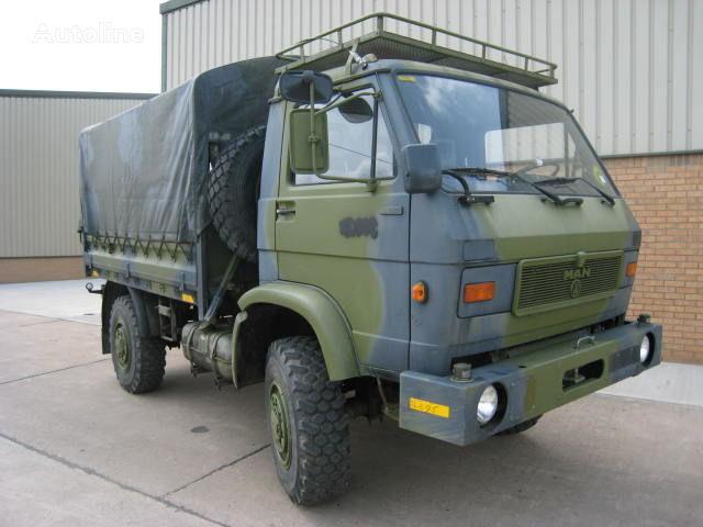 شاحنة عسكرية MAN 8.136